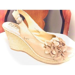 boc MC21102 gold cork wedges with flower ornament
